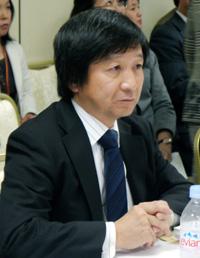 常任理事・事務局長の池端幸彦先生