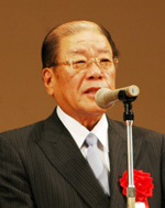 高杉敬久氏(日本医師会常任理事)